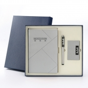 笔记本+笔+名片夹商务三件套礼盒装 创意日记本 比较实用的小礼品